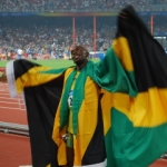 bolt-200m-olympic-gold-celebration