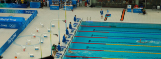 adlington-wins-800m-gold